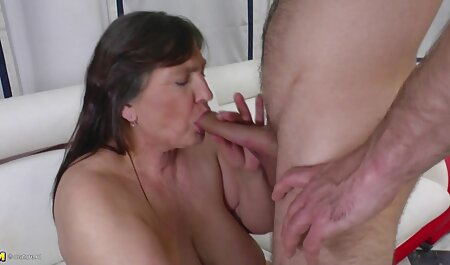 Hot big breasted grannies brunette Ivy wants his partner to cum in her pussy